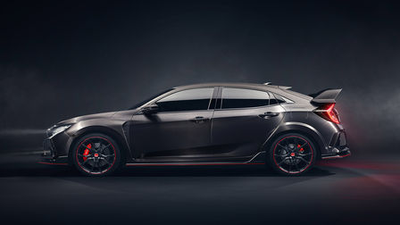 Honda Civic Type R z przodu.